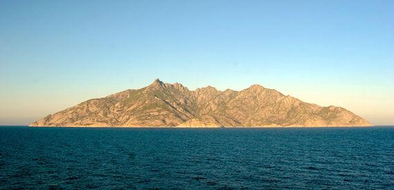 wie man die Insel Montecristo besuchen gehen kann