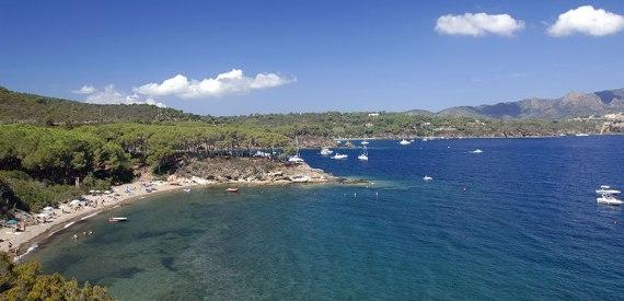 Istia beach elba island