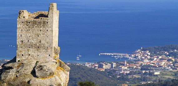 Tuscany panorama: 9 views of Elba Island