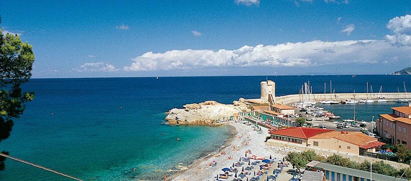 Elba Island beaches with facilities