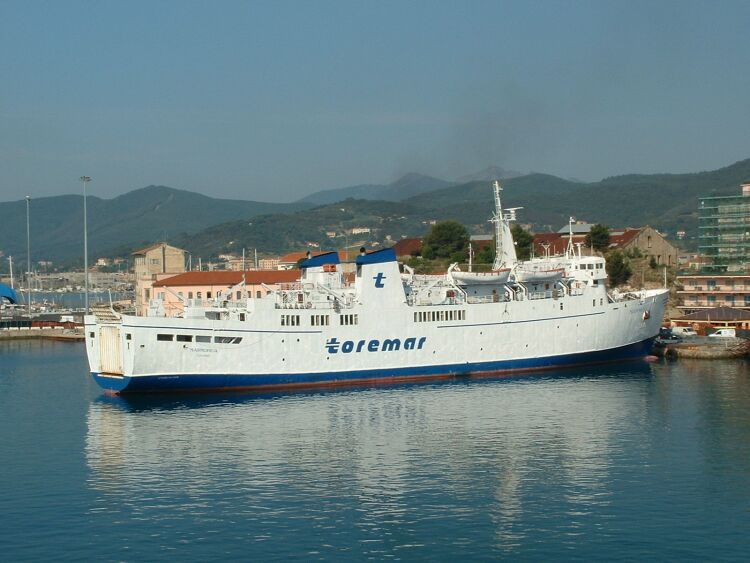 Traghetto Marmorica, Toremar
